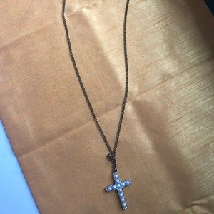 CROSS NECKLACE💕🎉‼️